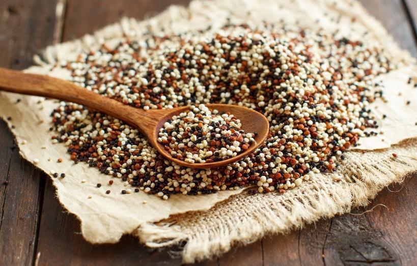 Kryddig quinoa med sparris