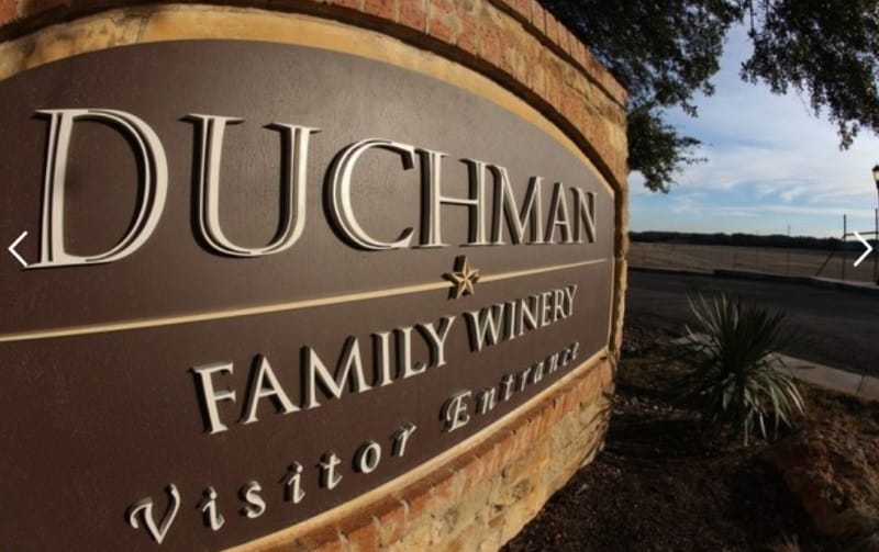 Texas skylten för Duchman