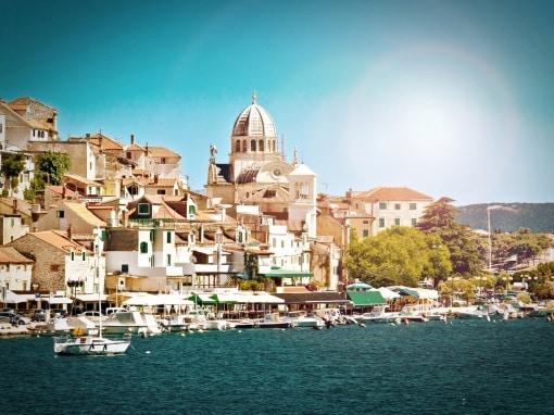Dalmatien: medeltida staden Šibenik