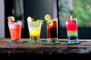 drinkar i olika färger