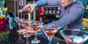 20020 - bar med drinkar