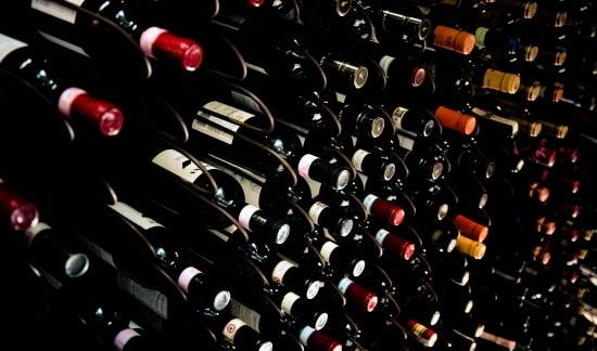 vingården  vinkällare
