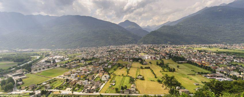 lombardy wine region in italy