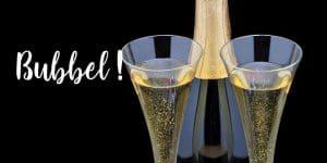 Bubbel - två glas och en flaska