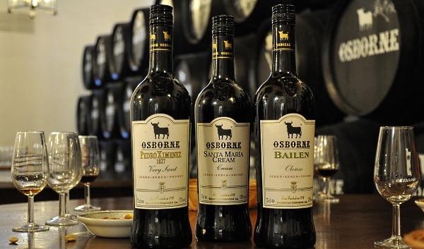 sherry - sherryflaskor med glas