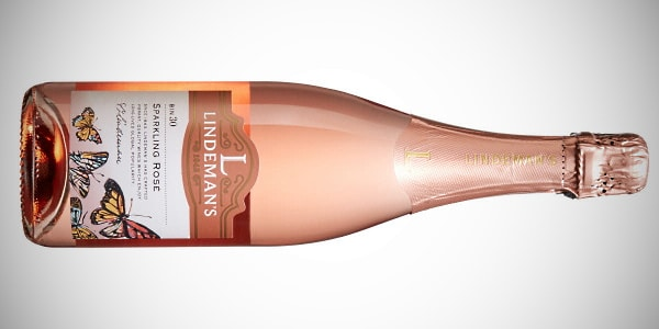 mousserande viner - en flaska Lindemans rosé