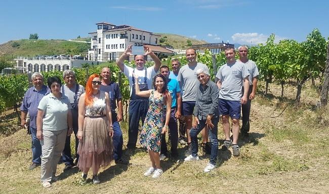 Vinlandet Bulgarien - vingårdsteamet