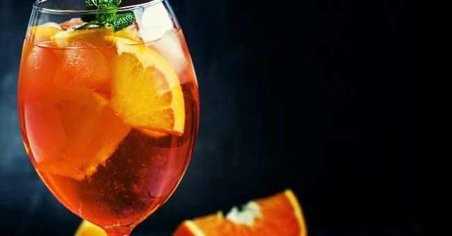 aperitivo - omslagsbild med en aperitivo