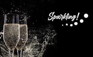mousserande Chardonnay - frontbild med 2 sprudlande glas