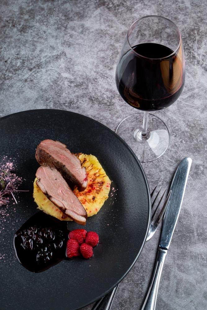Anka och rött vin