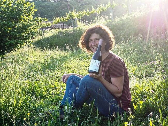 Terre Lariane - Claudia Crippa i gröngräset