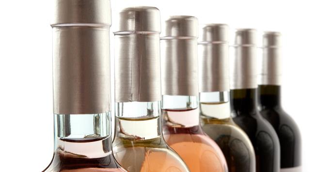 ekoviner - fleertalet flaskor i olika färger