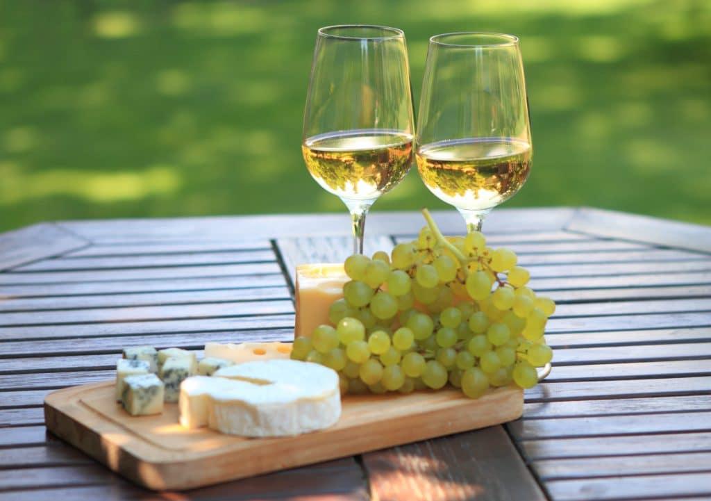 Vitt vin med ost